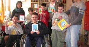 Новогодишње честитке дјеце и младих са сметњама у развоју