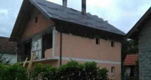 Саниран кров на кући породице Пернат