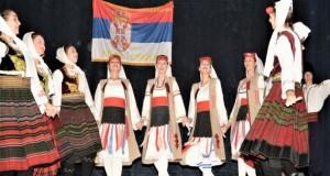 Фолклорци у посјети Книћу