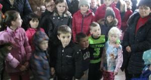 Adra obezbjedila i ove godine paketiće za djecu Rudog