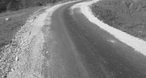 Завршени радови на асфалтирању локалних путева