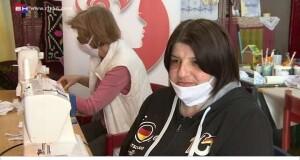 Жене из Рудог шију маске за школарце и наставно особље